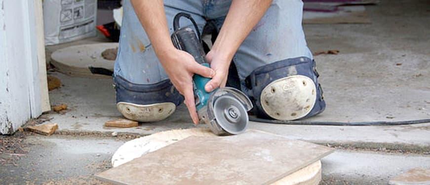 Как правильно резать керамическую плитку болгаркой видео
